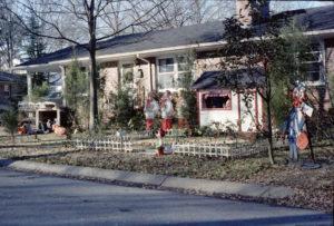 Christmas House 1977001